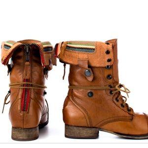 a849ccd6e16 Steve Madden Camarro Tan/Multi lined boot